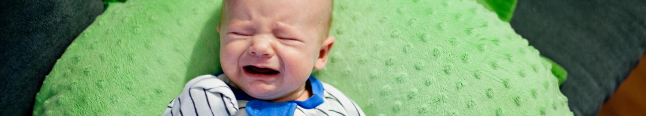 Você conhece os sinais de sono do bebê?